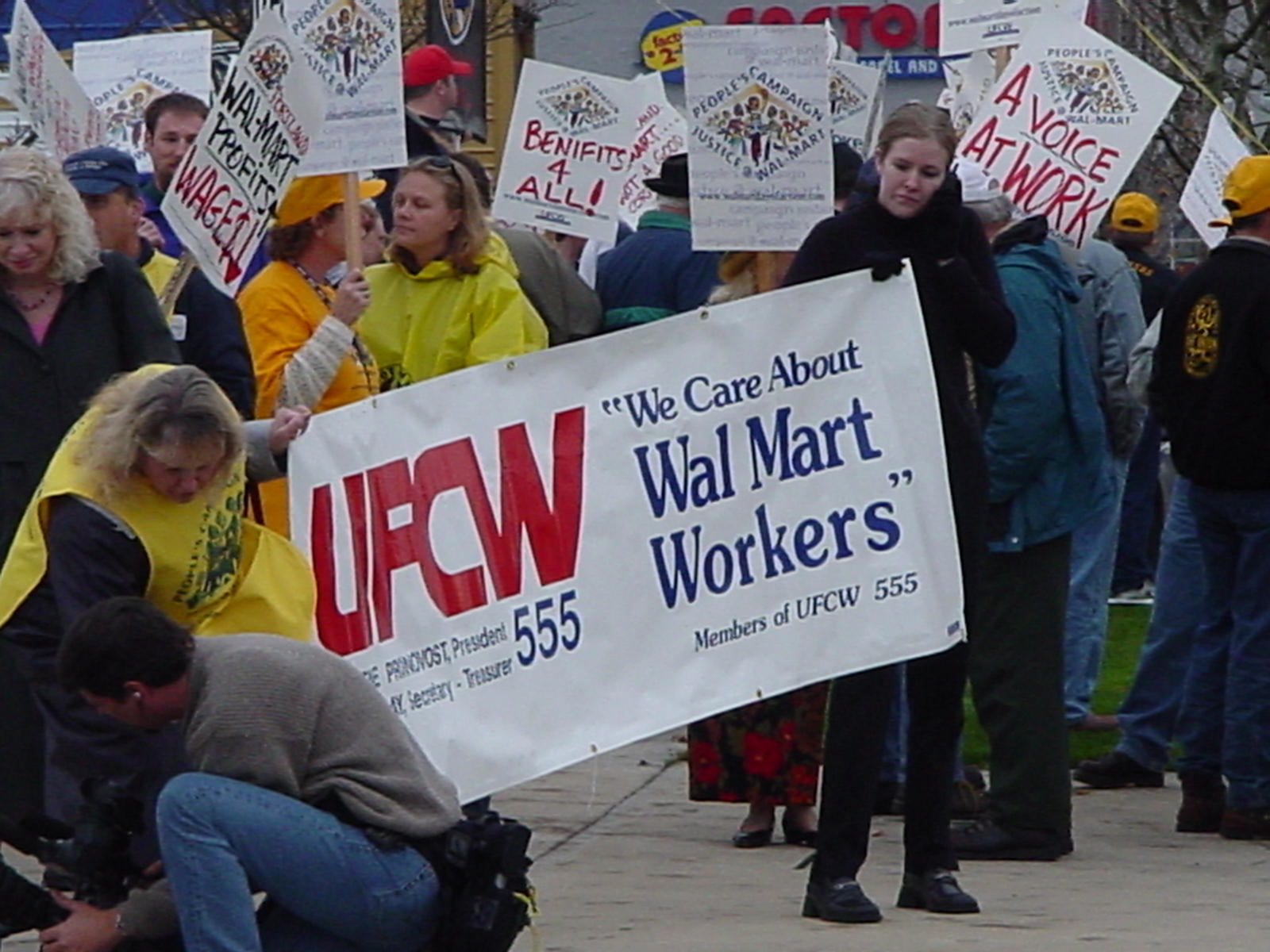 UFCW Hypocrisy On Display (Again): Two Unions Fight Over Unionizing UFCW Workers…