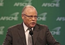 "AFSCME boss screams for ""solidarity,"" stronger unions"