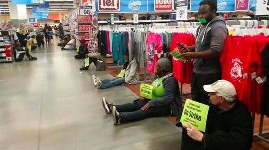 WalMart #BlackFriday Strikers Could Be Replaced—Permanently.